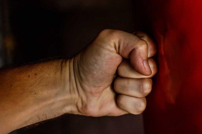 Agresja u podopiecznego, jak sobie z nią radzić